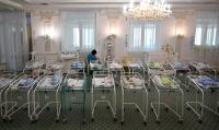 Le confinement a révélé l'ampleur du trafic des utérus à louer